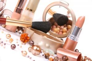 Vajon milyen mérgező anyagok vannak a kozmetikumainkban?
