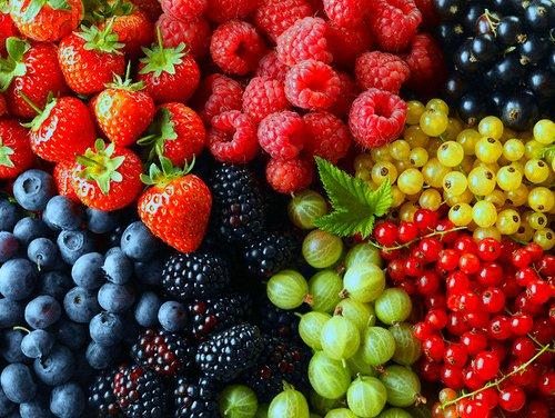 Gyógyuljunk, szépüljünk bogyós gyümölcsökkel!