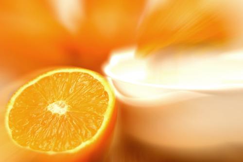 Zöld lámpát kapott a nagy-dózisú C-vitamin kezelés a rákgyógyításban